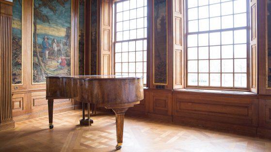 ALG_Raadzaal_concertzaal_Sparrendaal_piano